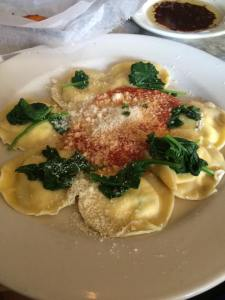 Cheese Ravioli with Spinach