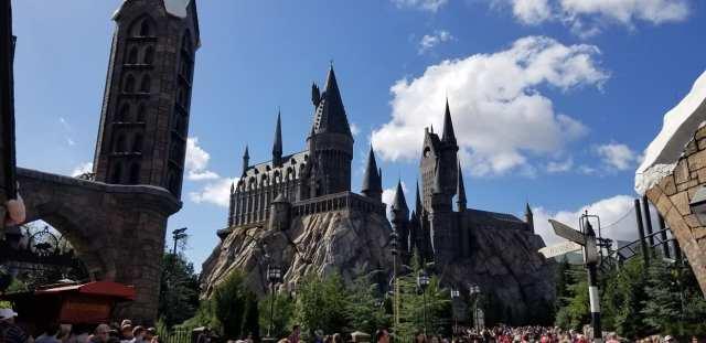 Hogwarts Castle 2.jpg